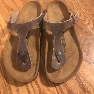 Brand new, never worn Birkenstock Gizeh sandals
